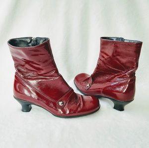 La Canadienne red patent booties waterproof boot